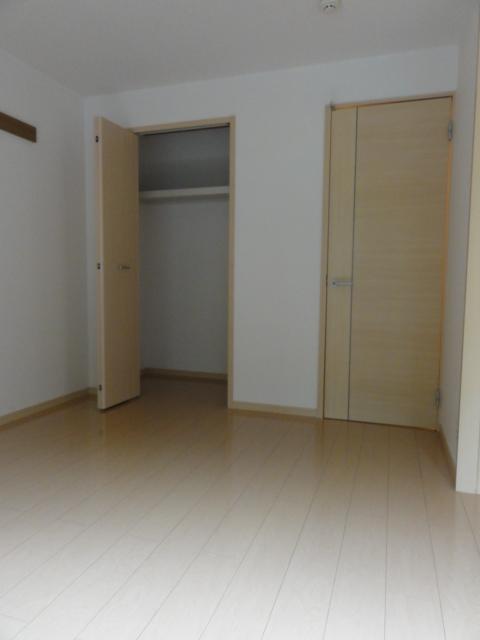 ファミール井上Ⅱ 01010号室の収納