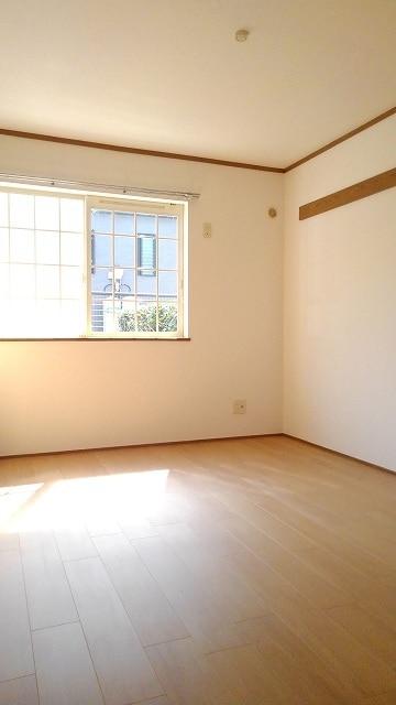 グリーン・ミヌマ 01010号室の居室