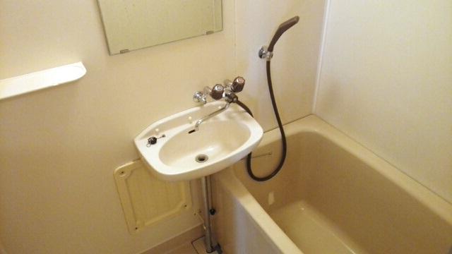 第2コーポミドリ 02030号室の風呂