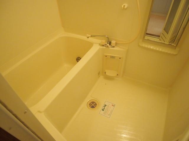 コ-ト・フレグランス 01010号室の風呂
