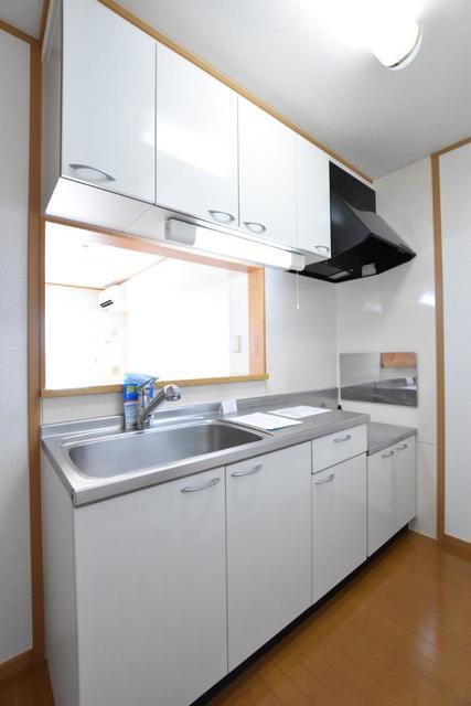 グローリアB 02030号室のキッチン