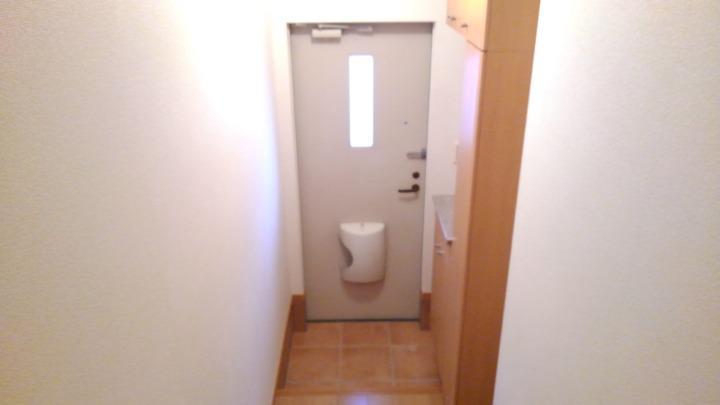 プリムローズⅡ 02010号室の玄関