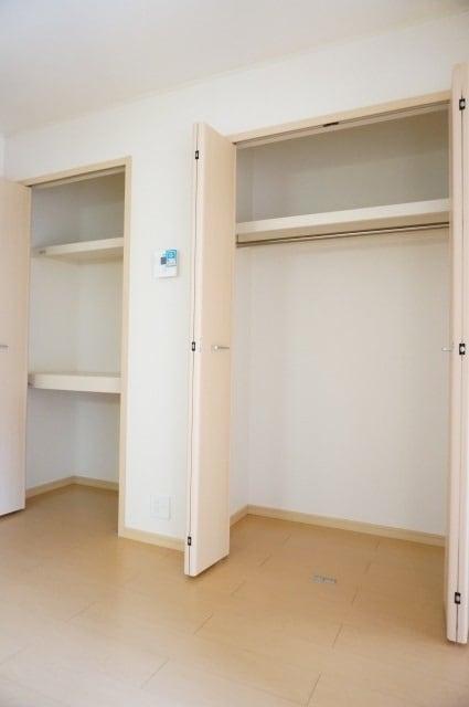エテルノ ブリ-ズ 01030号室の収納