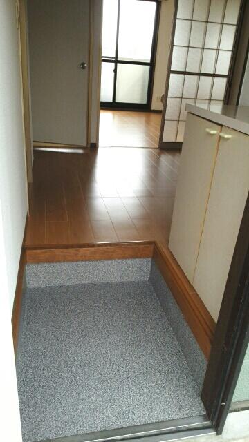 グリーンハイツA 01030号室の玄関
