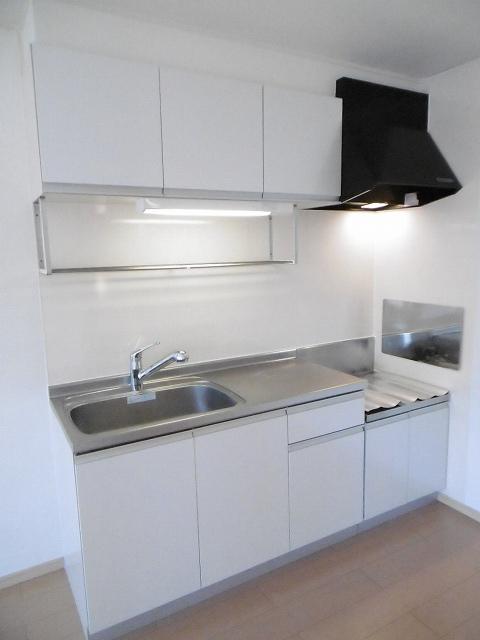 UMEDAガーデンヒルズB 02010号室のキッチン