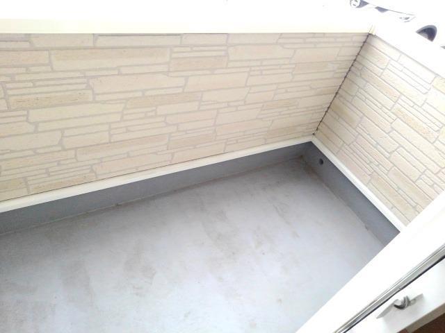 ルピナス・グロー 01040号室の収納