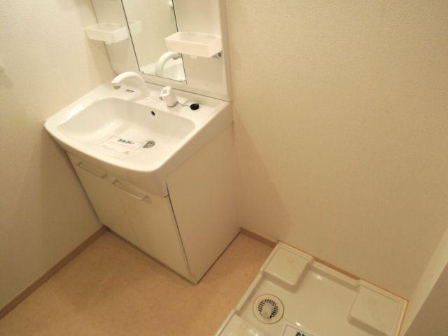 メルヴェーユパルファンC 01060号室の洗面所