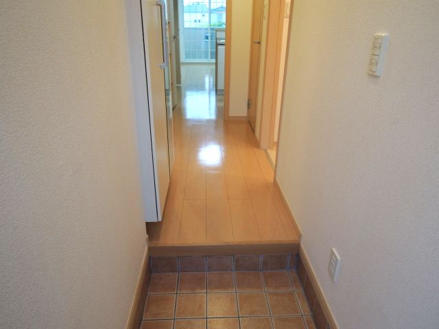 メルヴェーユパルファンC 01060号室の玄関