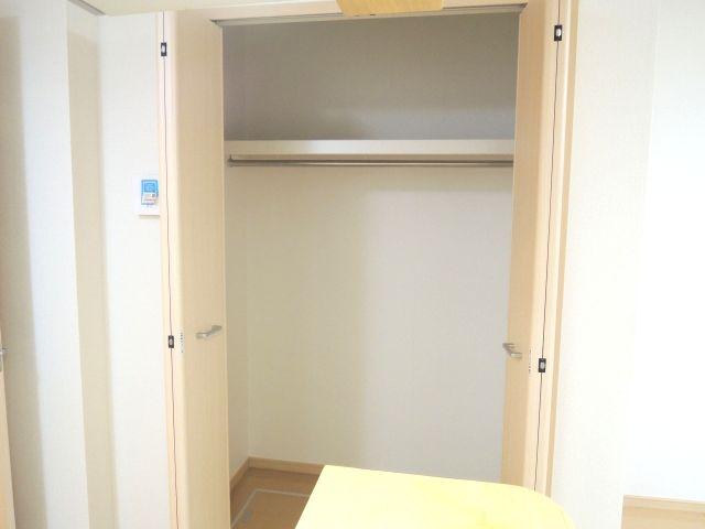メルヴェーユパルファンC 01060号室の収納