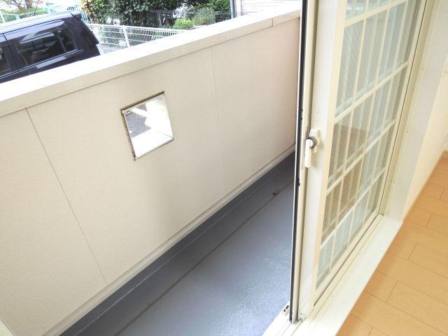 メルヴェーユパルファンC 01060号室のバルコニー