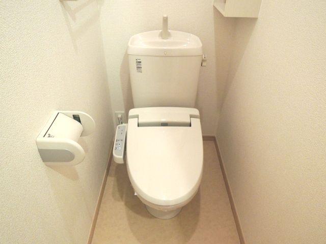 メルヴェーユパルファンC 01060号室のトイレ