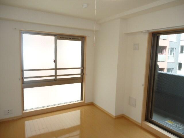 ピアセンティーナ 04030号室のリビング