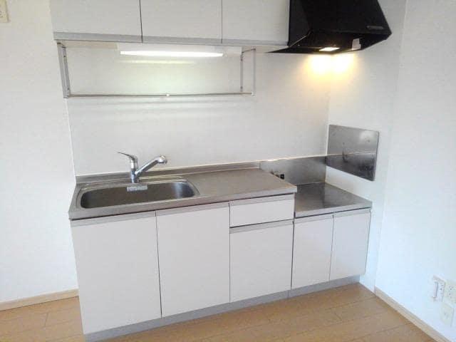 ラッセルルピナス 02010号室のキッチン