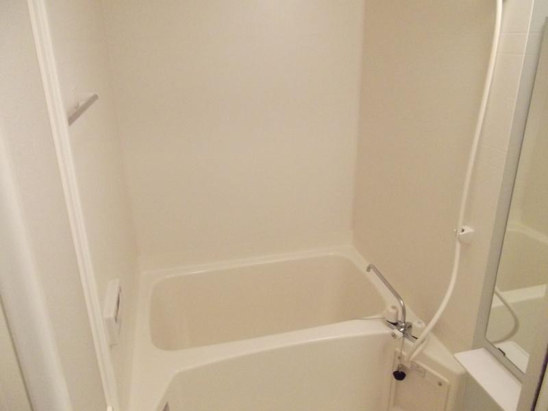 ド・オロ-ル ソ-レⅠ 01020号室の風呂