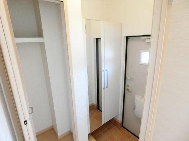 メテオ 01030号室の玄関
