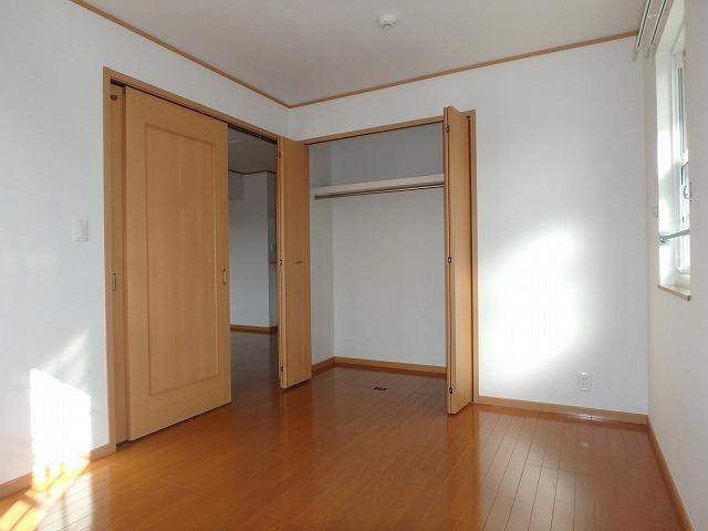 シェーロ・ステラートA 02030号室の収納