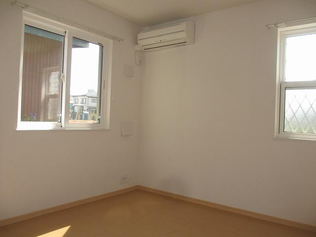 ヒルサイドハウスⅠ 01020号室のその他部屋