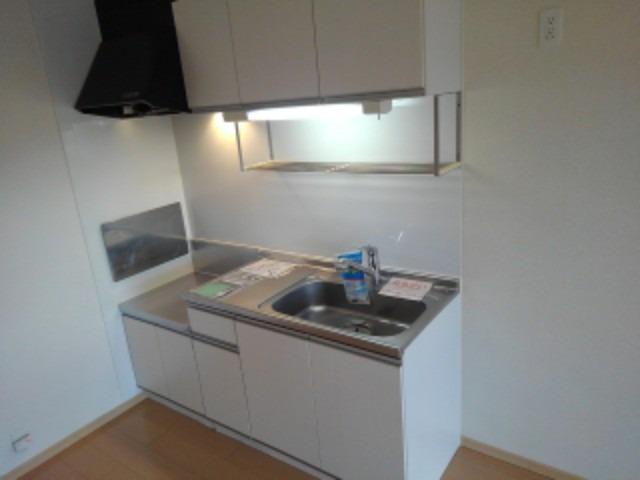 プティ アンジュⅠ 02020号室のキッチン