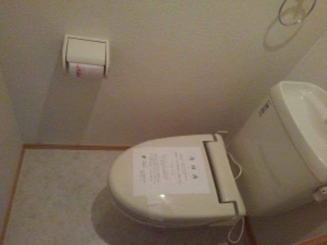 プティ アンジュⅠ 02020号室の洗面所