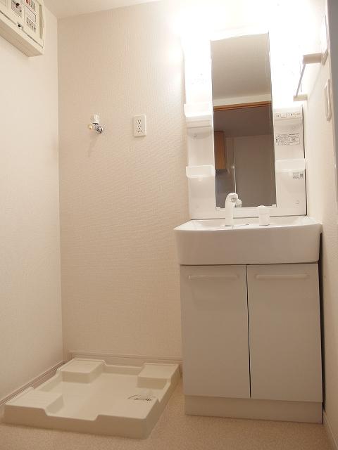 広尾ビューヒルズ 08020号室の洗面所