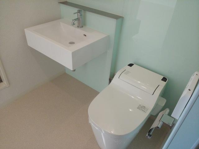 コンフォートスクエア 02010号室のトイレ