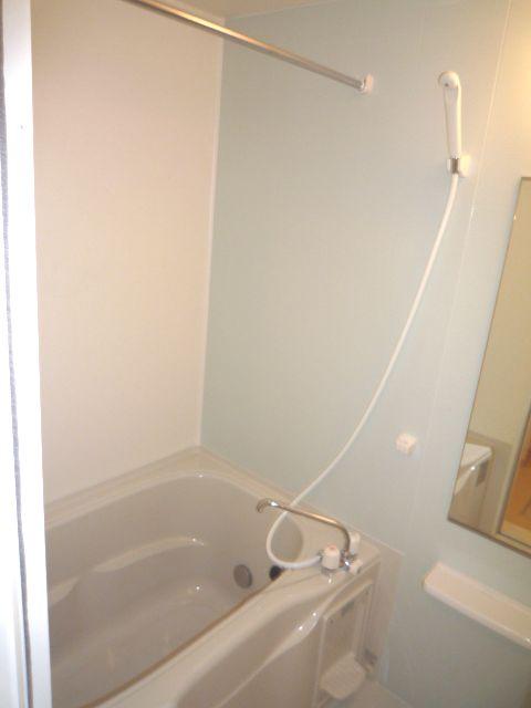 アプローズ 02020号室の風呂