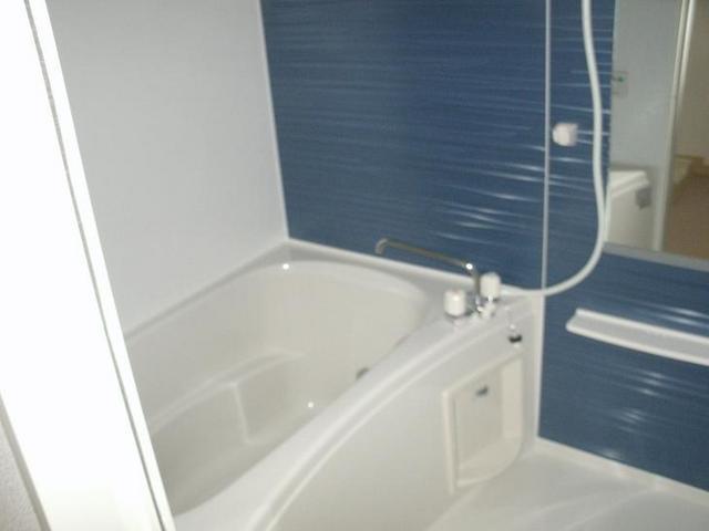 グレイスフル・M 02030号室の風呂