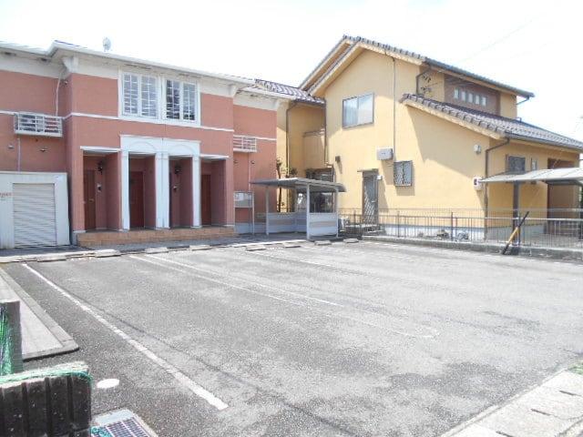 レムリア 02020号室の駐車場