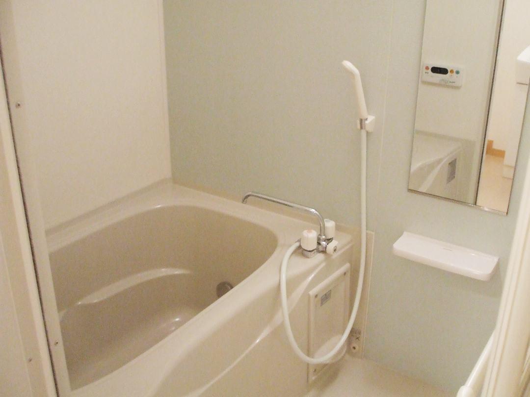 ボニート春日部 04030号室の風呂