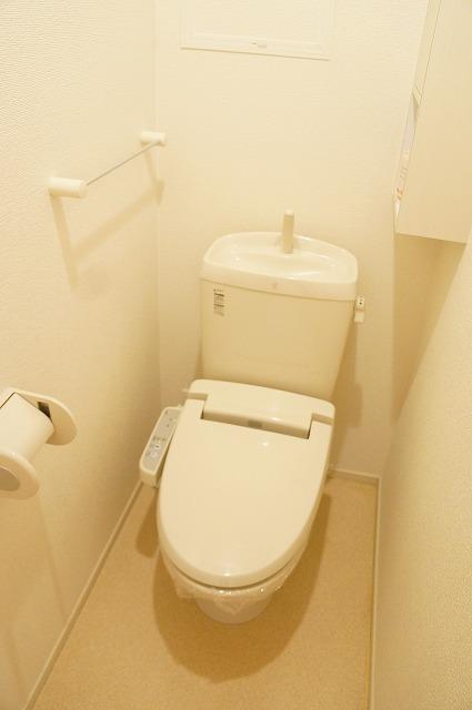 ビラ・シャルル 02010号室のトイレ