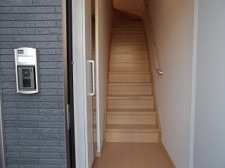 ジェルメ・メゾン 02030号室の玄関