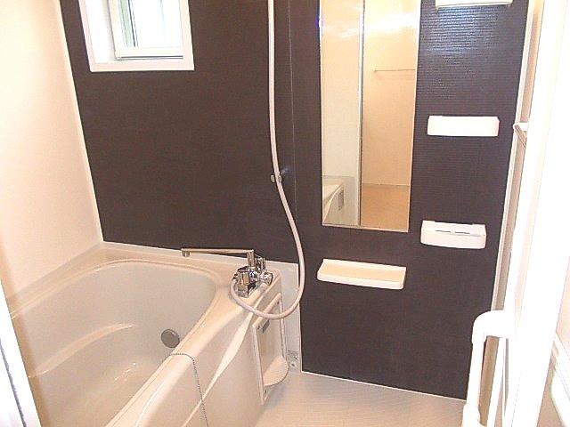グランデ・オルソⅡ 01050号室の風呂