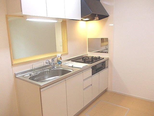 グランデ・オルソⅡ 01050号室のキッチン