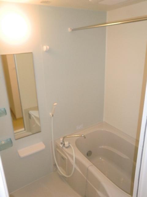 フレール与野本町参番館 01010号室の風呂