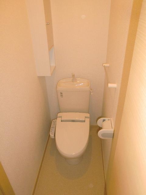 フレール与野本町参番館 01010号室のトイレ