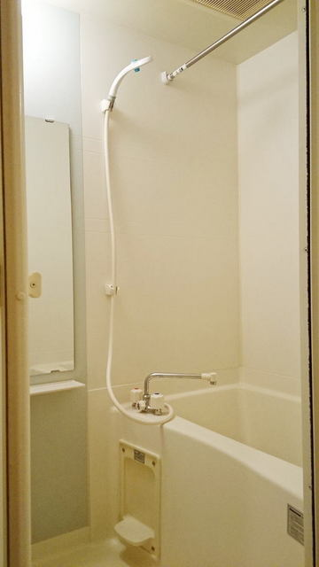シャン・ド・フル-ル 08090号室の風呂