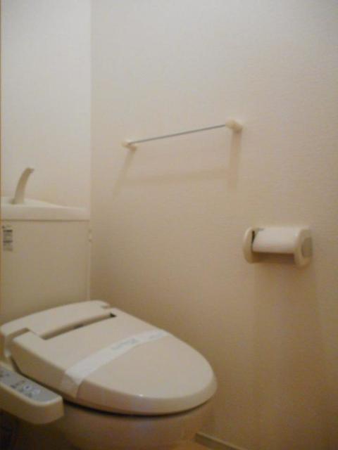 グレイス・パークB 02010号室のトイレ
