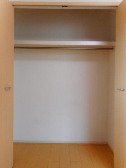 グレイス・パークB 02010号室の収納