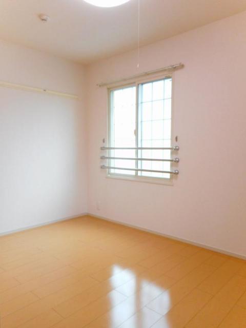 グレイス・パークB 02010号室の居室