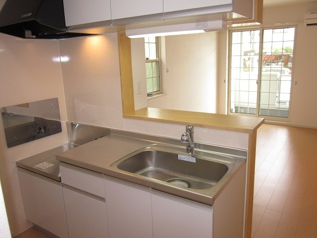 サンリット・セレノ 01030号室のキッチン