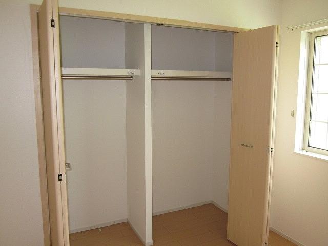 サンリット・セレノ 01030号室の収納
