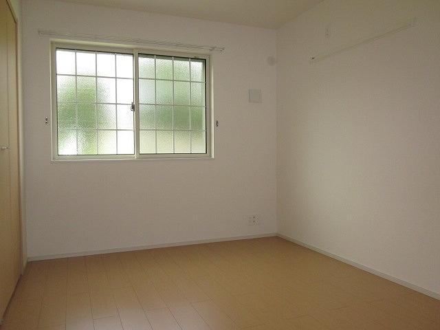 サンリット・セレノ 01030号室の居室