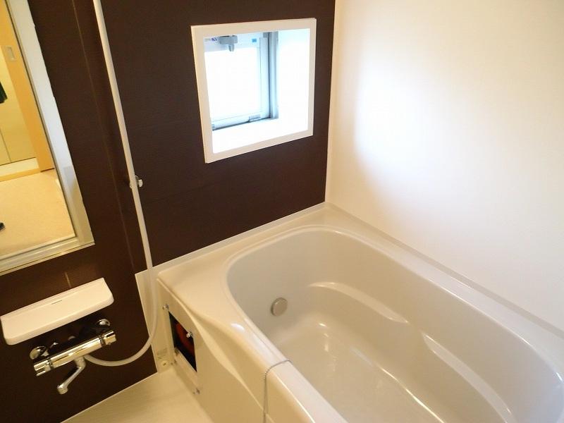 ティン・グローブⅢ 04030号室の風呂