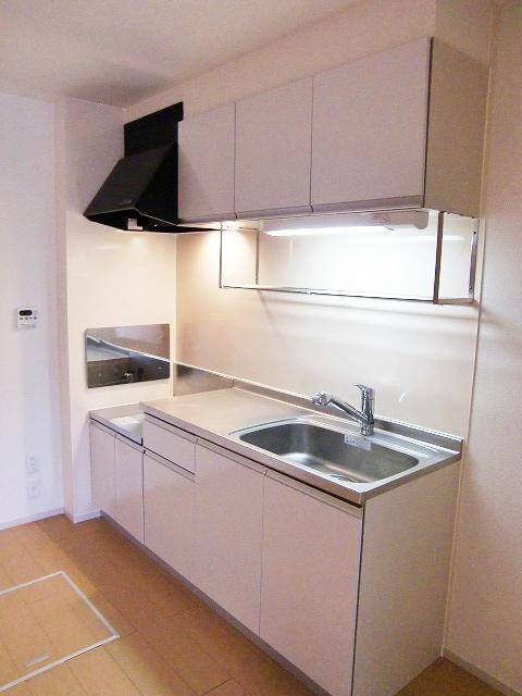 ラポールⅡ 01020号室のキッチン