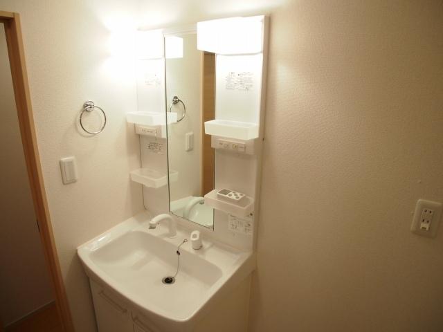 ラポールⅡ 02020号室の洗面所