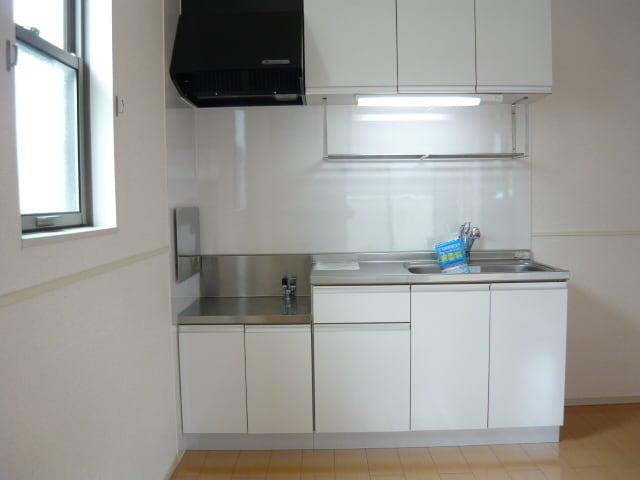 サンブリーズB 02030号室のキッチン