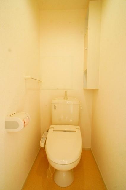 リトルパインズ 02030号室のトイレ
