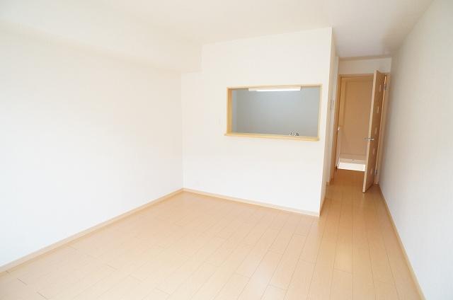 サンエスポワールⅠ 02050号室のリビング