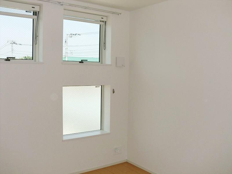 プロムナードヴィラ 02010号室の居室