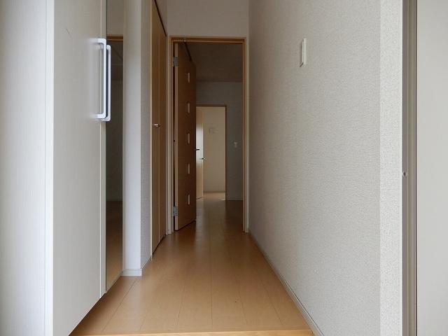 トルナーレ 01020号室の玄関